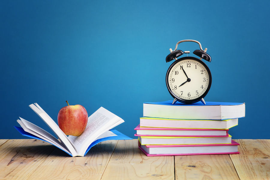 Study Time Apple Desk Home Learning Library Morning Alarm Clock Back To School Book Class College Concept Educational Time Elementary Object Pen Red Apple School Supplies Stacked Study Study Space Time