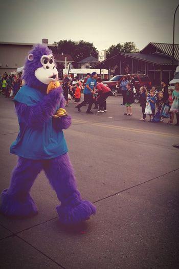 The Street Photographer - 2017 EyeEm AwardsMid-Summer Parade - Sioux City, IowaPurple Monkey Streetphoto Parade Kids Having Fun Sioux City