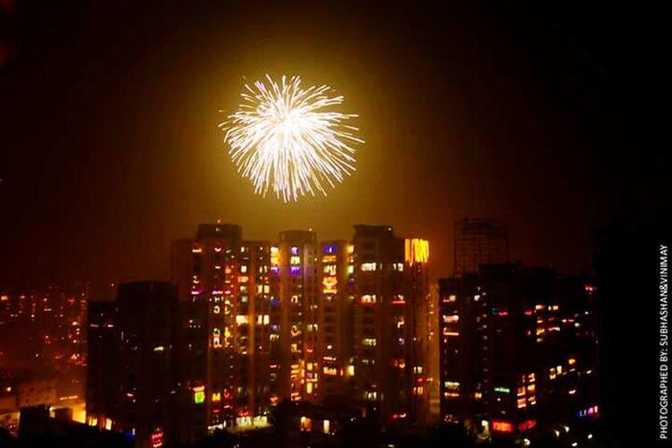 Capturing Movement Diwali Fireworks Night Photography India New Delhi Delhi Night Lights Deepavali  EyeEm Best Shots
