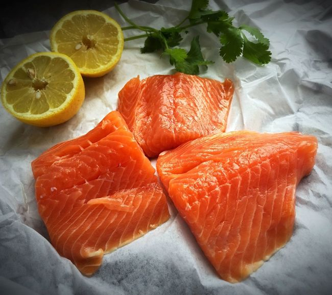 Raw Food Raw Fish Salmonsteak Ready To Cook Ingredient Cooking At Home Cooking From Scratch Superfoodsuperboost Foodie Foodphotography Cooking Homecooked Food Is Always Better Homecooking Lemon Cilantro Fresh From The Market Fishmonger's Shop Freshness Eating Healthy Eating Good Superfood