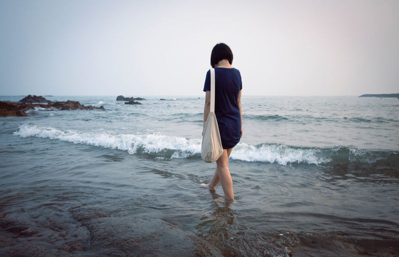 Calm Cold Horizon Over Water Leisure Activity Lifestyles Nature Ocean Scenics Sea Shore Summer The Essence Of Summer Tranquil Scene Tranquility Vacations Water Feel The Journey