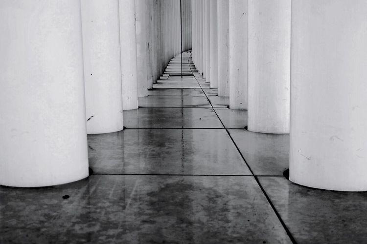 Bnw_friday_eyeemchallenge Bnw_corridor