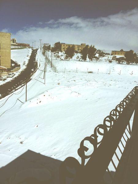 ما أروع الثلج