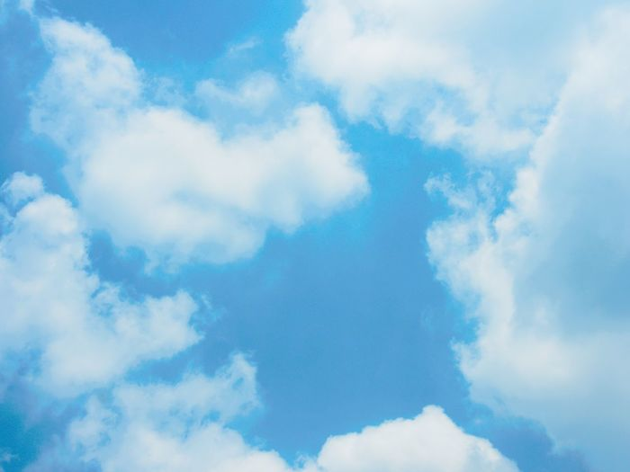 Flying Backgrounds Blue Sky Only Abstract Summer Pattern Textured  Plane Wind Wispy Cumulonimbus Stratosphere Meteorology Dramatic Sky Fluffy Hurricane - Storm Thunderstorm Torrential Rain Cyclone Cumulus Cloud Tornado Cumulus Storm Cloud Forked Lightning Atmospheric Mood Extreme Weather Lightning Climate Cirrus