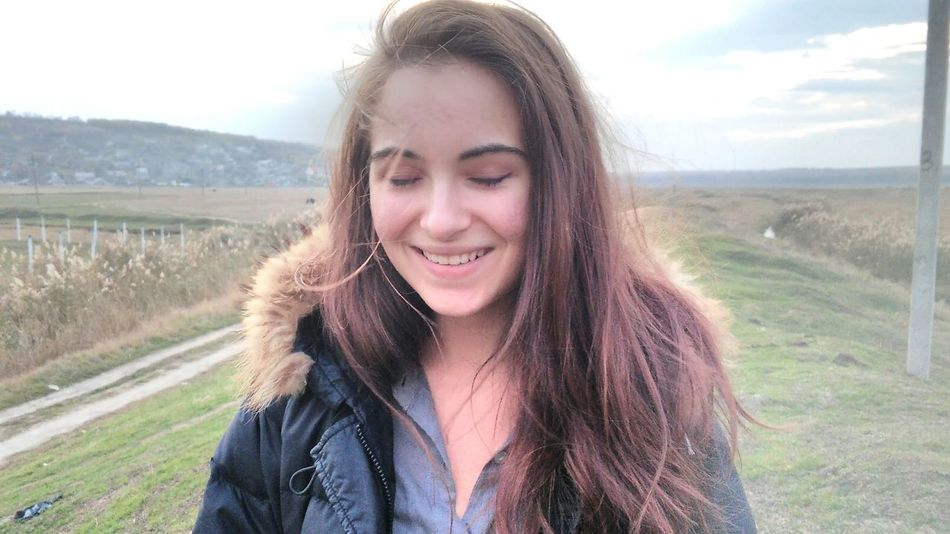 Portrait Long Hair Beauty Day Sky Smiling Photooftheday Photographer Sincerely  Nature Photography Long HairNature One Person Portrait Young Adult Leisure Activity Beauty Day Sky One Person Rural Scene People Adult Vacations Young Women First Eyeem Photo