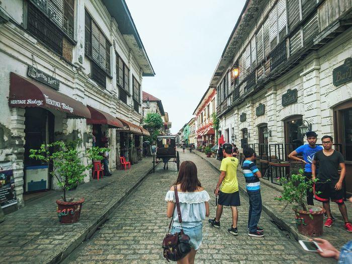 Full Length Heritage Walking Around Vigan Philippines Vintage Traveling EyeEm Gallery Colour Of Life People EyeEm Phillipines Eyeem Philippines