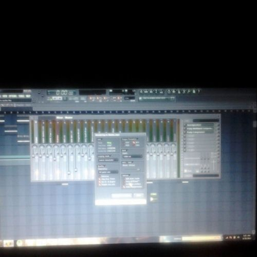 6/20/2013 5:23 a.m. & I just killed this Epic composition for sis @smileyboo2u Thereslevelstothis TeamNoSleep