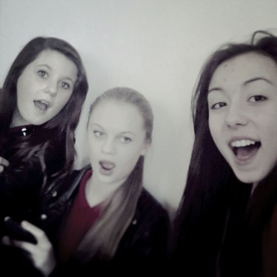 And bestfriends at school yay x