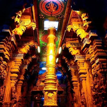Ancient architecture! 😍 MeenakshiTemple Meenakshiammantemple Madurai Indiantemple India Southindia _soi Instatravel Travel Travel Traveljournal Pixelpanda_india Incredibleindia Picturesofindia Indiapictures Beautifulindia Hippieinhills Indiatravelgram Desi_diaries India Indianarchitecture Temple Temples Indiaclicks Ancient
