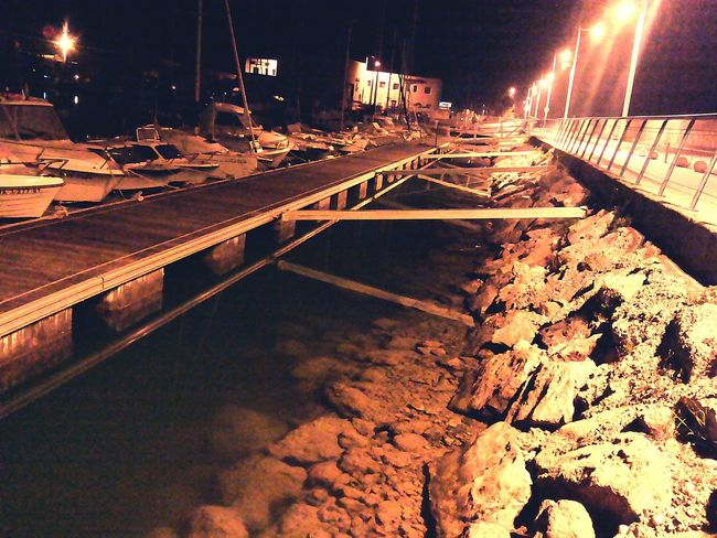 Relaxing Taking Photos Port Nightlife Movil Water Rock Boats Walking In The Night Romantic Night