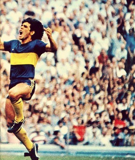 Maradona Football
