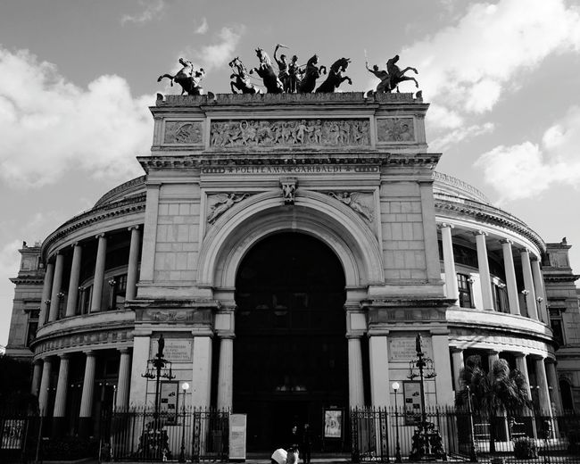 B&W. Politeama Theater. Piazza Politeama, Palermo, Sicily, Italy. Photographer Photo Italy Sicily Palermo Travel Destinations Sony A6000 Sony Sonyalpha Streetphotography Street Travel Vacation Vacations Architecture_collection Photography Horse Sculpture Horses Horse Politeama Theatre Palermo Sicilia Italia Politeama Architectural Detail Architecture Old Buildings Theater Blackandwhite Black And White B&w Garibaldi EyeEm Best Shots