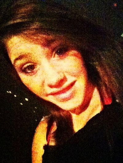 My name is Kayla Harris iam 16 and I got to the high school If u kool me iam pretty kool?? First Eyeem Photo