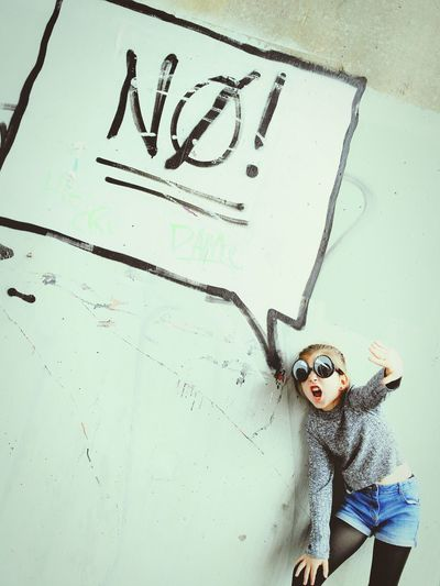 Just say No One Person People Portrait Children Only Day Close-up Graffiti Wall Graffiti Art Graffiti Art Comic Speech Bubble No! Girl Eyes Silly Glasses Glasses Eyewear Cool Surprise The Week On EyeEm The Troublemakers