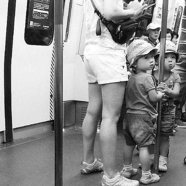 The cute twins Twins HongKong Localizz Hklife