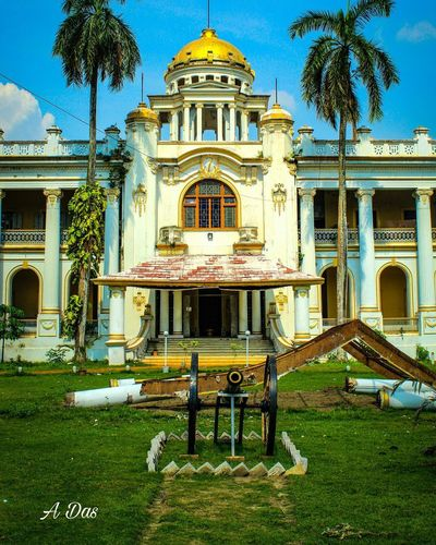 History Relived #Mahishadal Palace Built Structure Plant Building Exterior Architecture Grass Tree Sky Travel Destinations Outdoors History Building No People Nature Day The Past