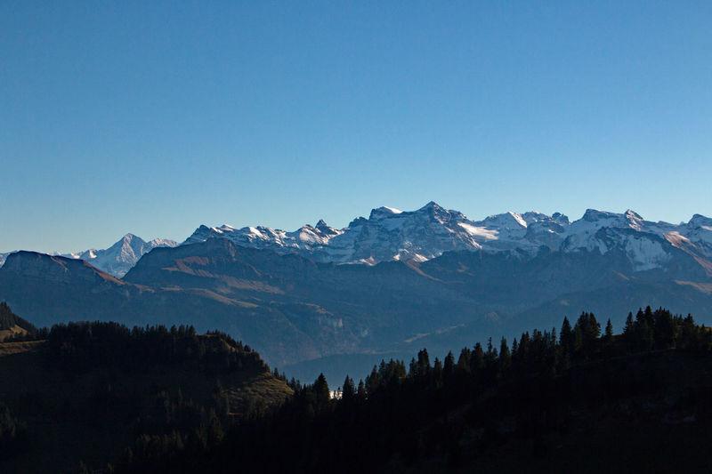 Alpenblick Alpen Berge Blauer Himmel Gipfel Gletscher Horizont  Natur Nebelmeer Schnee Schweiz 🇨🇭, Schweizer Alpen Sonnenschein  Wetter
