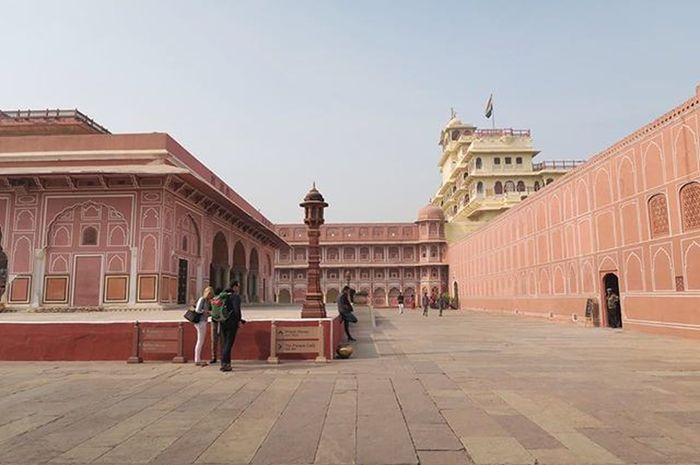 The pink city palace in the pink city of Jaipur.. Rachatravelsindia Jaipur Rajastan