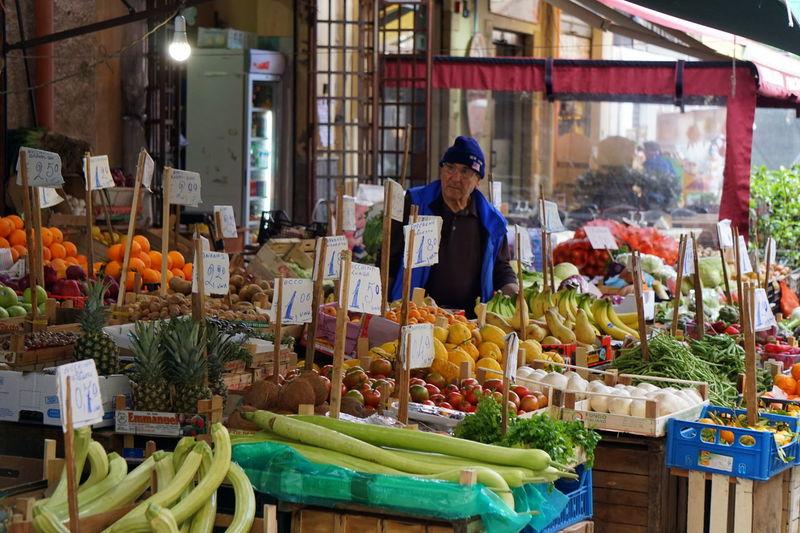 Artichoke Flower Fresh Produce Freshness Market Palermo Sicily Vegetables & Fruits Vegetarian Vegetarian Food Artichoke Artichoke In Bloom Artichokes Fresh Freshfood Freshfruit Friut Friut And Veggies Friut Summer Friuts Italy Market Place Market Stall Marketplace Vegetable Vegetables
