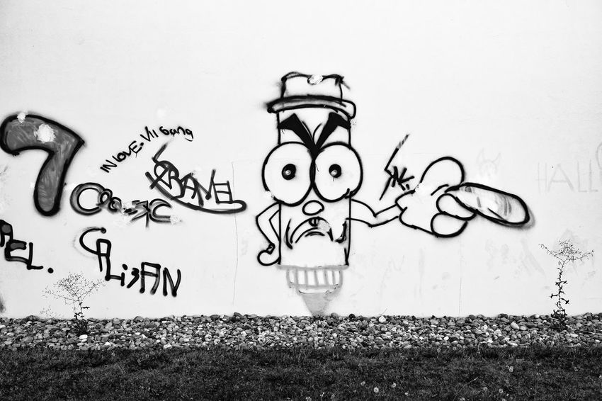 Der Unkrautvernichter ... Urban Perspectives The Devil's In The Detail Street Photography Black & White Monochrome Urban Photography On The Way Building Exterior Arts Culture And Entertainment Sketch Doodle Drawing - Activity Creativity Graffiti Street Art Building Urban Scene