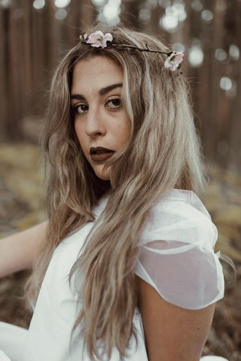 Long Hair One Person Focus On Foreground EyeEmNewHerе Young Adult Wearing Flowers Tree Young Women Flower Day Outdoors Beautiful Woman Blond Hair Close-up Nature People The Week On EyeEm Fashion Photography Green Color Eyesight EyeEmBestPics Nature EyeEm Gallery EyeEm Best Shots EyeEmNewHere