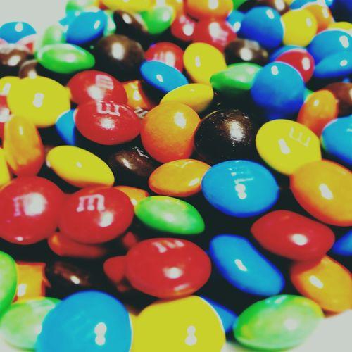 喫茶店のお子さんにもらったチョコ。「ピンク色のあったら返してね。無かったから買って行こう。 Tokyo,Japan 喫茶店のおまけ No Standard World Multi Colored Sweet Food Large Group Of Objects Indulgence Food Be. Ready. 10