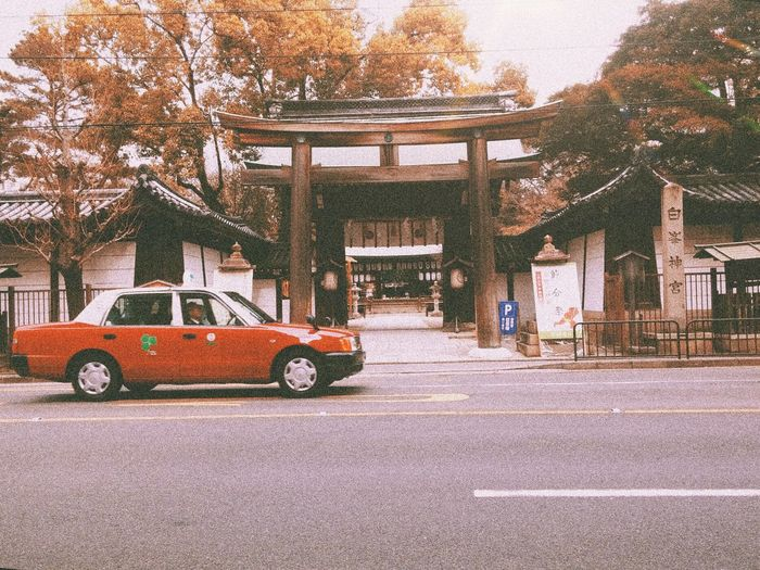 Japan Kyoto Japan Photography Temple Streetphotography Daily Life Road Daily Travel Street Transportation Car Day No People Outdoors