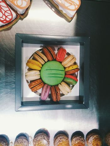 Je t'aime en chocolat! Macaroons Macarons Food Dessert Sweet Colourful Vscocam Coffee And Sweets