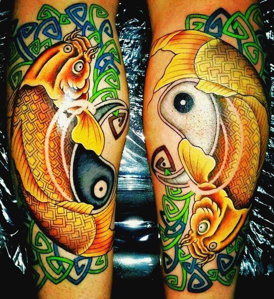 Tatoo Tatoo Art Fishes 🐠 Koi Fish Peces Carpa Vida Mar Aguadulce Agua Salada AguaCristalina Gin Gan Celtas Olas🏄 Fuego Tierra ❤ Aire Agua Elementos Naturales Trisquele Esvástica Celta Sacerdotes Druidas