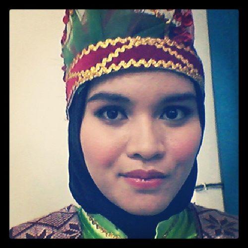 Saman Traditional Dance