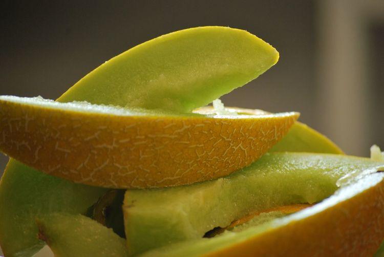 Close-up of cantaloupe slices