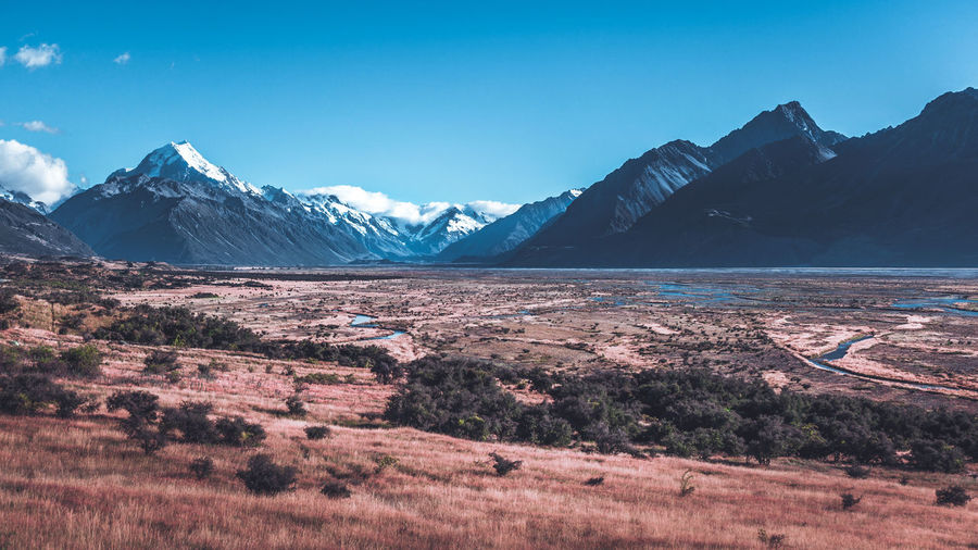 Mount Cook's valley Landscape New Zealand Scenics Scenic View Mountain Exploring Exploretocreate Cold Temperature Winter Polar Climate Rocky Mountains Arid Landscape Wilderness Area Wilderness Alpine Canyon Glacier The Great Outdoors - 2018 EyeEm Awards