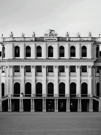 Schonbrunn Palace With Copy Space
