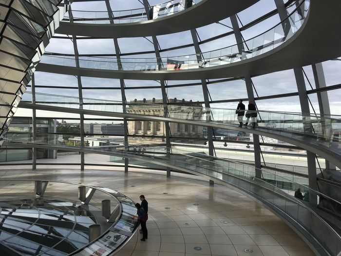 The dome on the Reichstag in Berlijn, the seat of the German parliament. Architecture Norman Foster Reichstag Berlin Travel Glass - Material