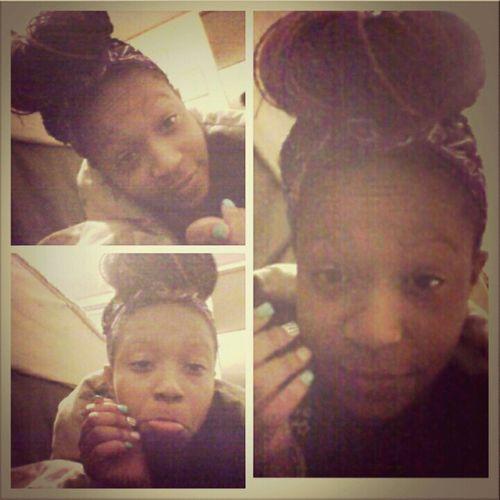 BORED!!! Wish bff and crush was awake ..... :(