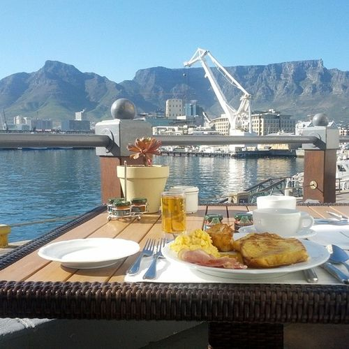 My two favorite things breakfast and Cape Town Millionthrills Tablemountain