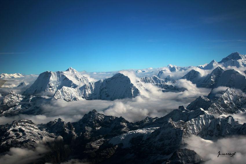 Foto aerea de los Himalayas Geology Himalayas Katmandu Landscape Majestic Mountain Mountain Range Nepal Scenics Snowcapped Snowcapped Mountain