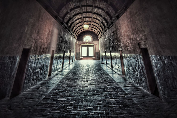 The Way Forward Indoors  Arch Architecture Built Structure No People Day Eye4photography  Church Church Architecture Convent Convento De Cristo Portugal Corridor Popular Popular Photos Fisheye Tunnel Monument