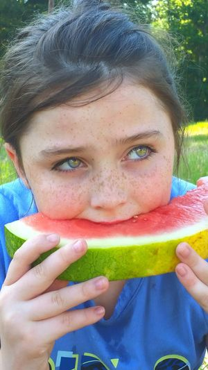 Watermelon Healthy Eating Front View Looking At Camera Portrait Summer Healthy Lifestyle Children Only Headshot One Person Smiling Child People Fruit Outdoors Eating Holding Leisure Activity Day Grass Eating Watermelon Slice Of Melon Summertime SLICE Food The Portraitist - 2017 EyeEm Awards Visual Feast Live For The Story Place Of Heart Sommergefühle EyeEm Ready   This Is My Skin