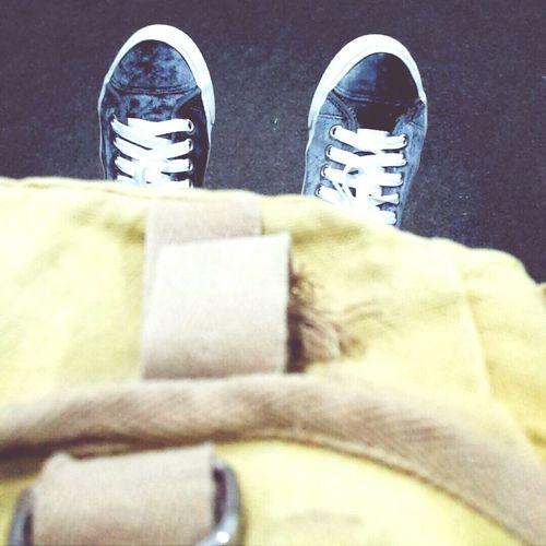 porque não pode faltar uma foto no curso Shoes Cocacola