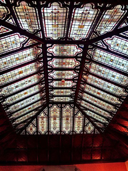Pretty ceiling patterns.