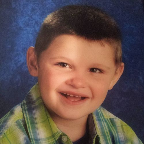 Ooohhh how I LOVE this! Schoolpic 2ndGrader Sohandsome Myheartlivesoutsidemybody