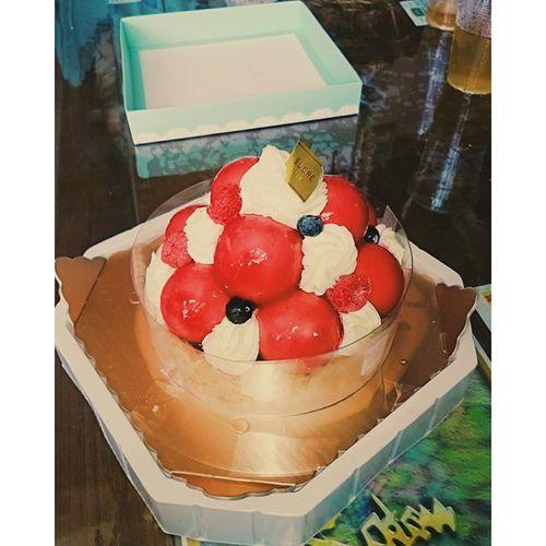 每次的母親節蛋糕 都只是為了滿足我的私慾 😁😁😁 蘇格蕾法式甜點 莓果寶石 Cake Mother 's_Daysunday May水林