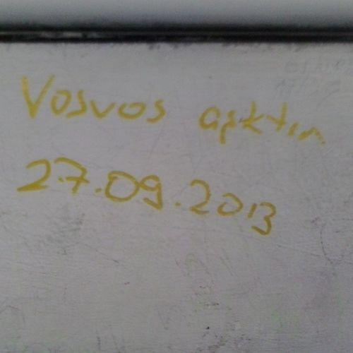 Bugün otobüste gördüm :) Vosvos Aşktır Safaşk Otobus taksim yağmur hüzün uyku