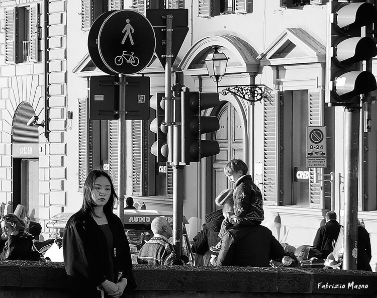 She. Tagsta_people Love Beutiful  Beuty People Noir Bwoftheday Bwbeauty Monochrome Portraits Blackandwhite Italy Florence Italy Fashion&love&beauty Women Who Inspire You Girls Asian Girl EyeEm Best Shots - Black + White Streetphotography Street Fashion Woman Portraiture