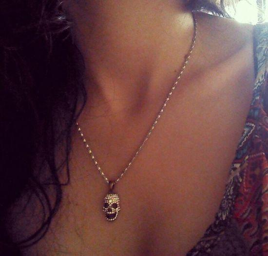 Firneza y delicadeza. Cuello Skull Calavera  Flaca #collarbones