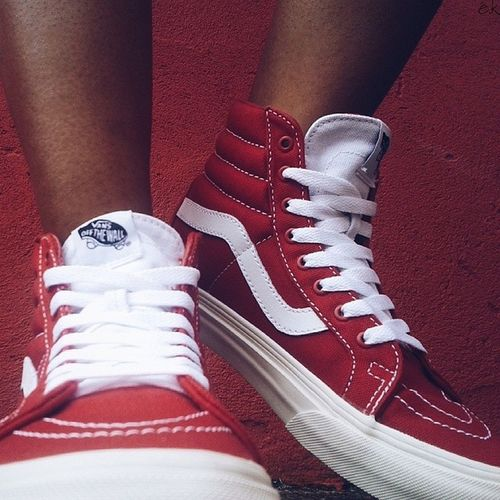 Vans sk8-Hi Reissue 10 Oz Vans Brasilfolk Street Cool Red Photography Lookmyfeed Achadosdasemana Sk8 New Class Simple Talentosescondidos Sneakers Vscobrazil Vscostreet Vscocammbr Vscofotografia_ Vscogood