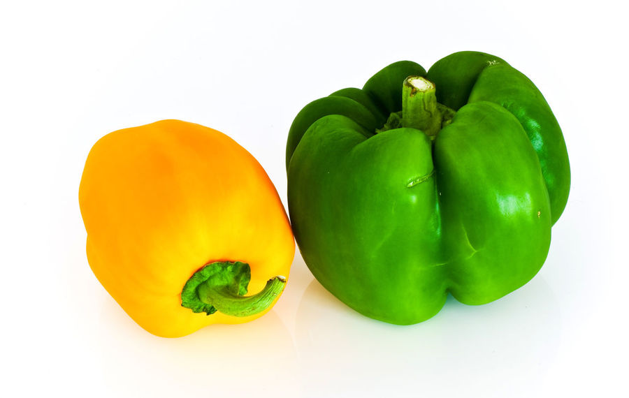 Studio Shot Green Color White Background Food And Drink Bell Pepper Healthy Eating Food Vegetable Pepper Indoors  Wellbeing Freshness Still Life Cut Out Close-up Green Bell Pepper Group Of Objects Raw Food No People Fruit Apple