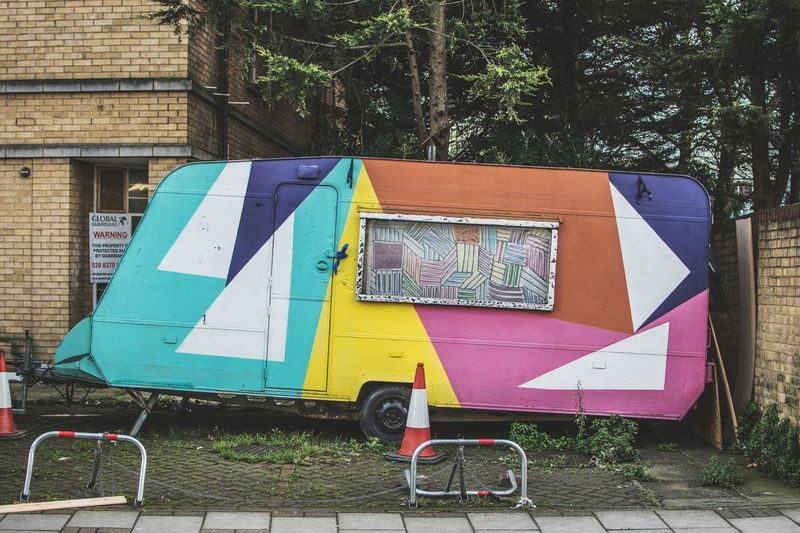 Multi Colored Caravan Art On Wheels ArtWork Street Photography Street Life Mobile Home No People Outdoors Londonthroughmycam LONDON❤ Art Is Everywhere