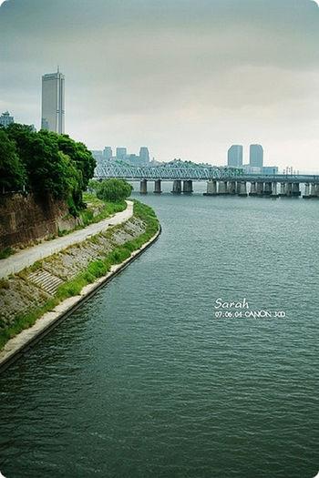 The view of Seoul Han River Bridge Han River River River View Sky And Bridge Urban On The Bridge